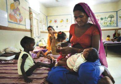 ऑगनबाड़ी केंद्रों के बच्चों के उचित पोषण की सुविधा सुनिश्चित कराने को दूध का वितरण